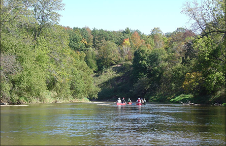 Canoeing the Sheboygan River in the fall. (Deb Beyer, University of Wisconsin)