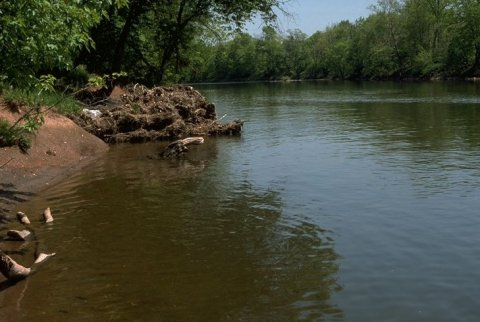 The American Cyanamid site sits on the banks of the Raritan River.