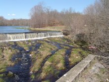 Acushnet Sawmill Dam prior to removal